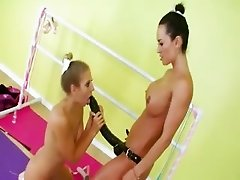 Lesbian analhole sex with strapon