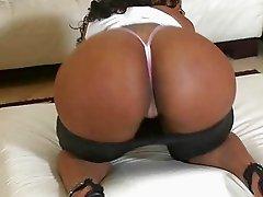 Sexy ebony Miyamme Spice get a dick