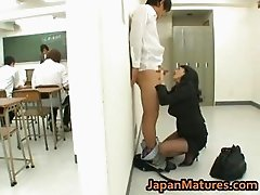 Natsumi Kitahara ass licks her guy part2