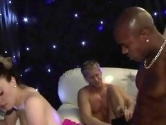 Gripping team fuck pleasuring with sweethearts and hunks