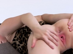 Foxy czech kitten stretches her narrow slit to the special