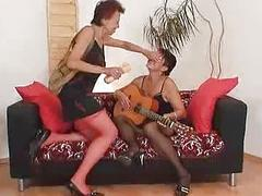 Shaggy grandma and freaky madame crazy dildo hump