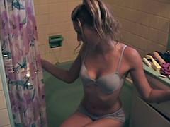 Sexy amateur babe taking a hot bath in her underwear