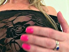 British milfs holly and sofia rip her pantyhose to shreds