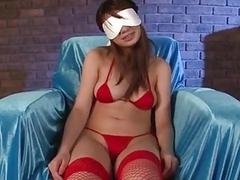Dashing girl in red lingerie Natsuki Shino amazi