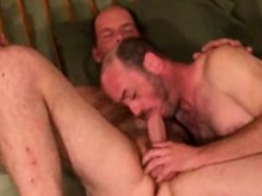 Straight amateur mature bear sucks buddy