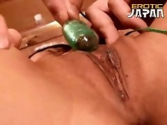 March Momooiro has vibrator on her pussy