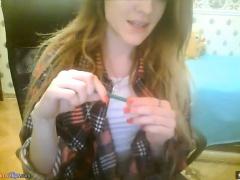 amateur kellymissx fingering herself on live webcam
