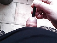 Paintbrush in my clitty