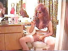 Amateur CD Smoking And Sucking Cock