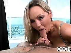 Dink rams sugary blonde Abbey Brooks's twat today