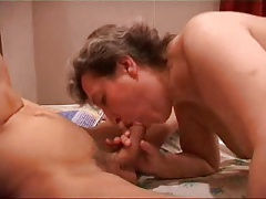 mature slut kathy taking it in all 3 holes (pt 1)