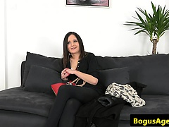 Hungarian casting babe facialized by agent
