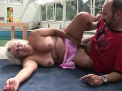 Sexy mature dp and cumshot