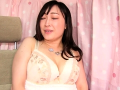 Alluring Japanese babe with big hooters enjoys hardcore sex