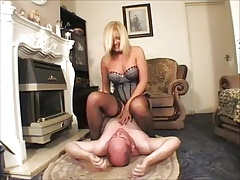 Domestic Mistress Facesitting