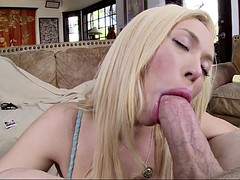 summer brielle having her lips wrapped around his knob