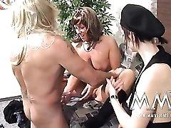 Masked amateur guy fucks a hot milf pussy