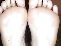 Sexy oily soles
