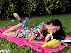 Hot japanese picnic and a big banana in her pussy