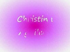 Christina Aguilera facial